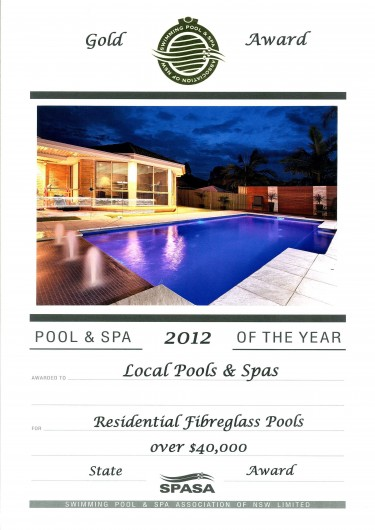 2012-gold-award-residential-fibreglass-pools-over-40k (2)