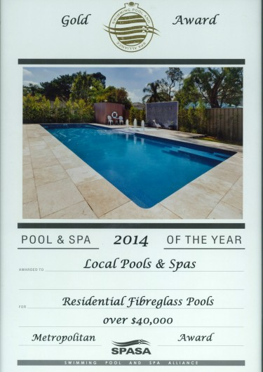2014-gold-award-residential-fibreglass-pools-over-40k (2)