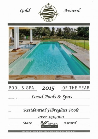 2015-gold-award-residential-fibreglass-pools-over-40k