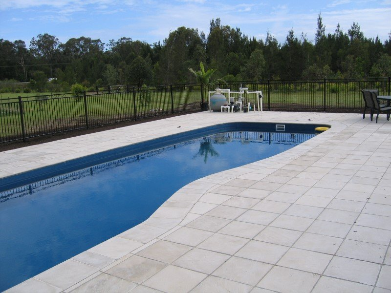 Local Pools and Spas Sydney Fibreglass Pool Builder NSW Compass Pools Riviera 5