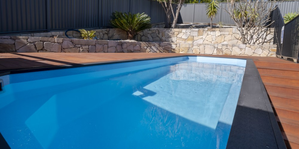 A DIY fibreglass pool can push the pool cost down
