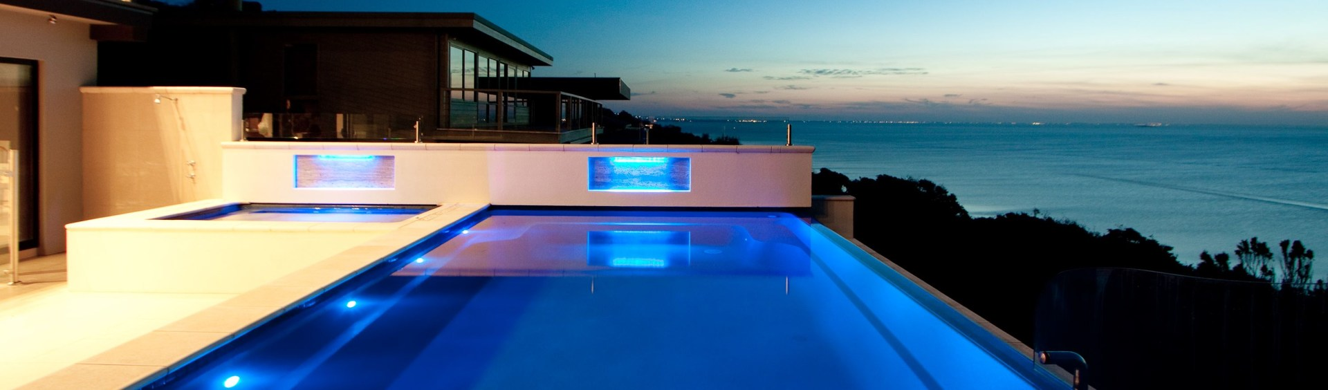 The advantages of installing an infinity pool - Local Pools And Spas