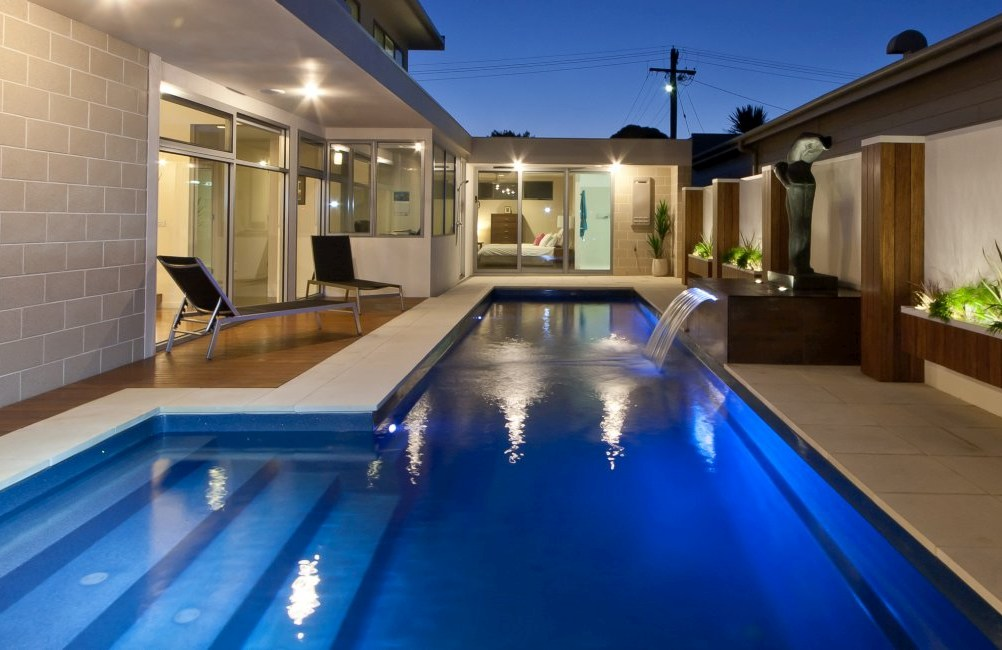 Lap pools vs. full-size pools: Which is right for you?